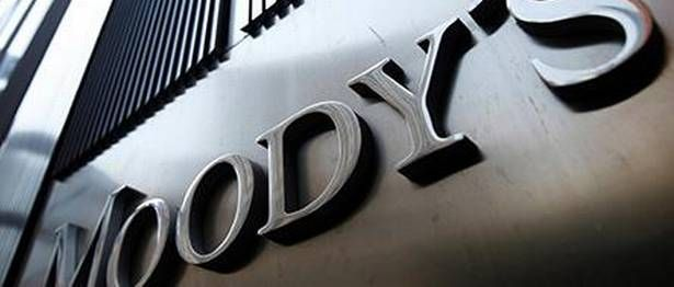 Moody's cautions on slowing growth, rising NPAs